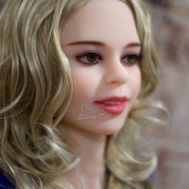Реалистичная секс кукла Амалия