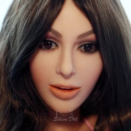 Реалистичная секс кукла Камилла