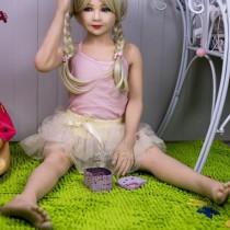 Реалистичная кукла девочка